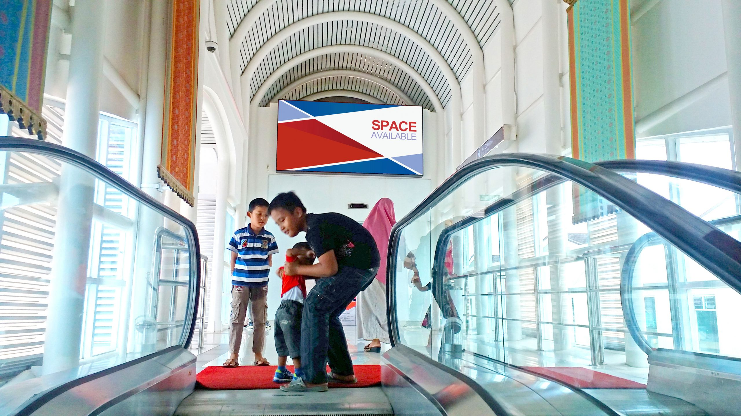Space-Signbox-PLM-Skybridge